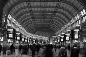 品川駅の自由通路