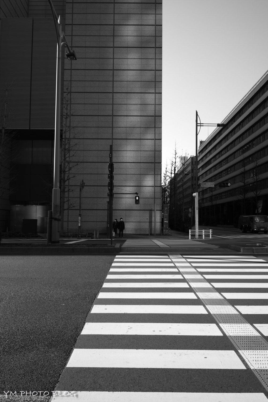 東京国際フォーラム前の横断歩道