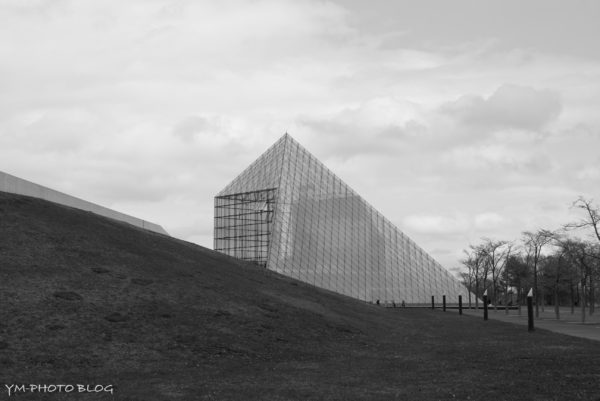 ピラミッド遠景