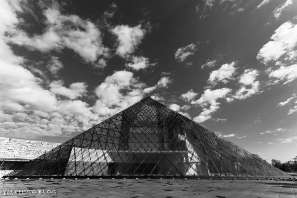 ピラミッド全景